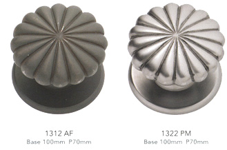 Click On Above Centre Door Knobs For A Larger Image